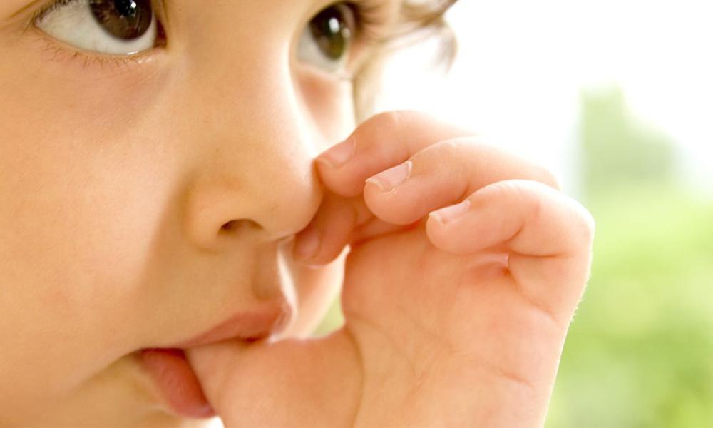 El hábito de chuparse el dedo